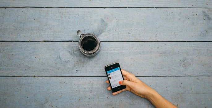 coffee-and-phone-1-685x350
